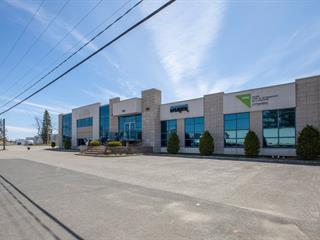 Bâtisse commerciale à vendre à Laurier-Station, Chaudière-Appalaches, 153, boulevard  Laurier, 23332020 - Centris.ca