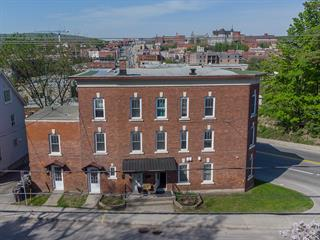 Immeuble à revenus à vendre à Sherbrooke (Fleurimont), Estrie, 142 - 144, Rue  King Est, 14231232 - Centris.ca