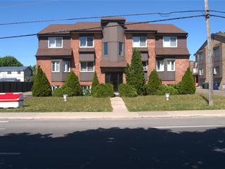 Immeuble à revenus à vendre à Laval (Sainte-Dorothée), Laval, 339, boulevard  Samson, 27144434 - Centris.ca