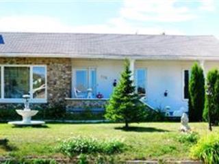 House for sale in Matane, Bas-Saint-Laurent, 118, Rue  Rioux, 24802373 - Centris.ca