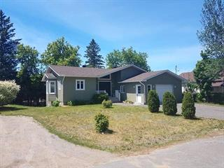 House for sale in Sainte-Adèle, Laurentides, 880, Rue  Lavallée, 24642082 - Centris.ca