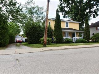 House for sale in Maniwaki, Outaouais, 427, Rue  Saint-Patrice, 22969541 - Centris.ca