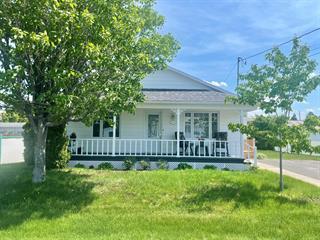 House for sale in Mont-Joli, Bas-Saint-Laurent, 119, Avenue  Laval, 19397402 - Centris.ca
