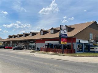 Immeuble à revenus à vendre à Gatineau (Gatineau), Outaouais, 1087 - 1101, Rue  Saint-Louis, 11269750 - Centris.ca