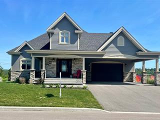 Maison à vendre à Saguenay (Chicoutimi), Saguenay/Lac-Saint-Jean, 815, Rue des Hauts-Jardins, 27574520 - Centris.ca