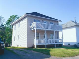 Duplex à vendre à Trois-Pistoles, Bas-Saint-Laurent, 173 - 175, Rue  Pelletier, 14093031 - Centris.ca