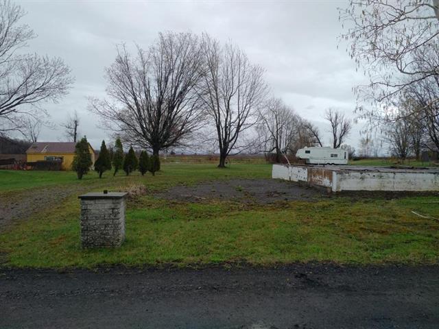 Terrain à vendre à Saint-Jean-de-l'Île-d'Orléans, Capitale-Nationale, 4053, Chemin  Royal, 18019389 - Centris.ca