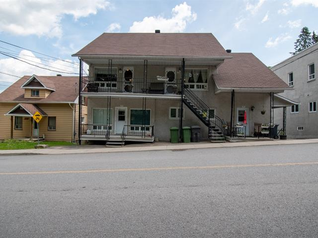 Quintuplex à vendre à Sainte-Thècle, Mauricie, 150 - 158, Rue  Masson, 18923967 - Centris.ca