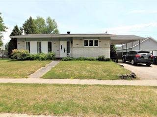 House for sale in Dolbeau-Mistassini, Saguenay/Lac-Saint-Jean, 163, Avenue  Boivin, 19302469 - Centris.ca