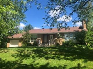 Maison à vendre à Carleton-sur-Mer, Gaspésie/Îles-de-la-Madeleine, 910, boulevard  Perron, 22437533 - Centris.ca