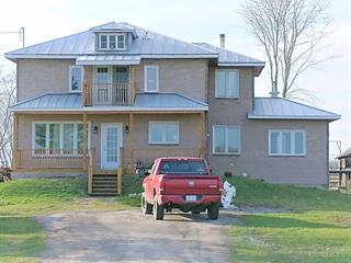House for sale in Saint-Stanislas-de-Kostka, Montérégie, 139, Chemin de la Rivière, 17923556 - Centris.ca