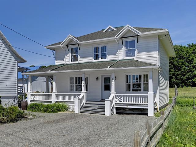 Duplex à vendre à Saint-Laurent-de-l'Île-d'Orléans, Capitale-Nationale, 6974Z, Chemin  Royal, 12158021 - Centris.ca