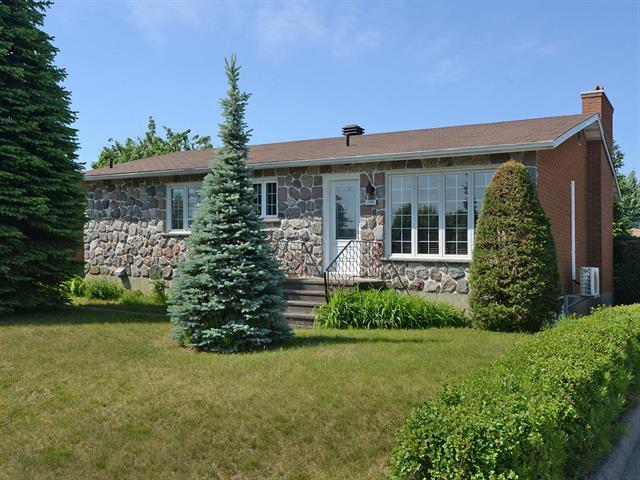 House for sale in Salaberry-de-Valleyfield, Montérégie, 380, Rue  Saint-Thomas, 22886914 - Centris.ca