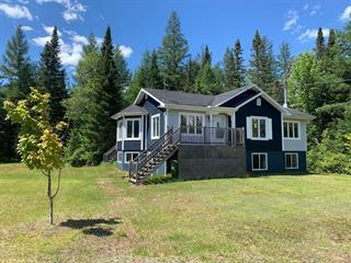 Maison à vendre à Lac-Supérieur, Laurentides, 45, Chemin du Raton-Laveur, 15828599 - Centris.ca