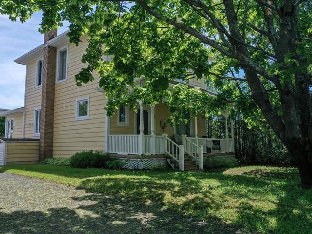 House for sale in Pointe-à-la-Croix, Gaspésie/Îles-de-la-Madeleine, 26, Rue  Sarto, 19105270 - Centris.ca