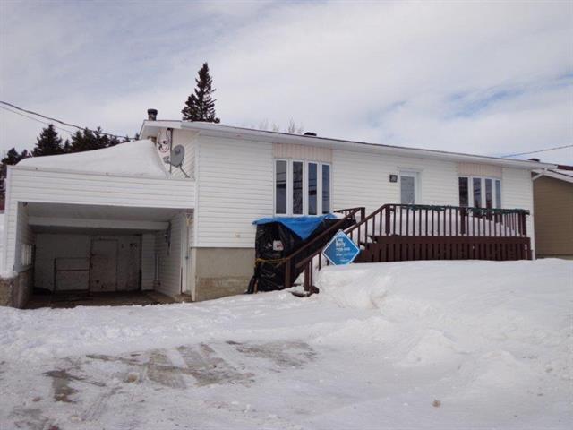 Maison à vendre à Longue-Rive, Côte-Nord, 518, Route  138, 17969956 - Centris.ca