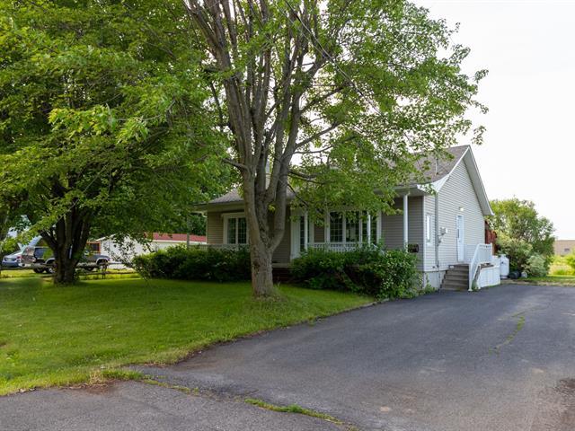 Maison à vendre à Saint-Jean-sur-Richelieu, Montérégie, 43, Rue  Genest, 21277599 - Centris.ca