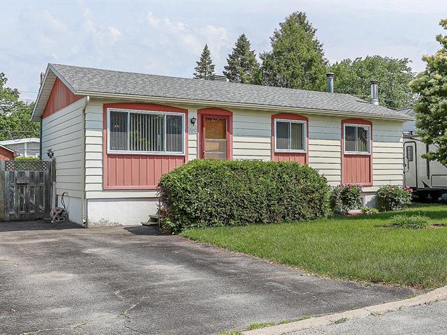 Maison à vendre à Laval (Sainte-Rose), Laval, 166, Rue  Lemonde, 14301960 - Centris.ca