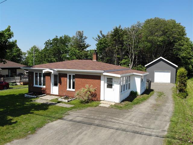 House for sale in Saint-Jean-Port-Joli, Chaudière-Appalaches, 395, Route de l'Église, 22516742 - Centris.ca