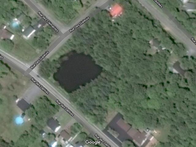 Terrain à vendre à Notre-Dame-du-Mont-Carmel, Mauricie, Rue des Dahlias, 11320290 - Centris.ca