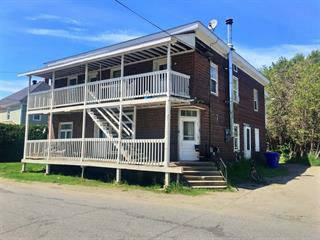 Triplex à vendre à Stanstead - Ville, Estrie, 3 - 3A, Rue  Passenger, 17800226 - Centris.ca