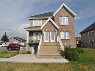 Triplex à vendre à Lavaltrie, Lanaudière, 441 - 449, Rue  Donat-Héneault, 24687595 - Centris.ca