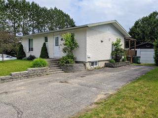 Duplex for sale in Mont-Laurier, Laurentides, 1120 - 1122, Rue  Léopold-Cloutier, 10014041 - Centris.ca