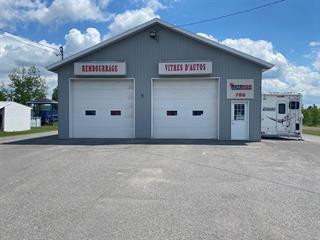 Bâtisse commerciale à vendre à Saint-Raymond, Capitale-Nationale, 705, Côte  Joyeuse, 27491218 - Centris.ca