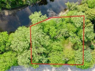 Terrain à vendre à Cowansville, Montérégie, Rue  Bell, 24720126 - Centris.ca