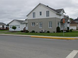 House for sale in Hébertville-Station, Saguenay/Lac-Saint-Jean, 468, Rue  Saint-Wilbrod, 18840032 - Centris.ca