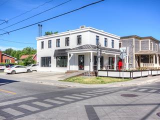Bâtisse commerciale à vendre à Beloeil, Montérégie, 66 - 68, Rue  Saint-Jean-Baptiste, 28419815 - Centris.ca