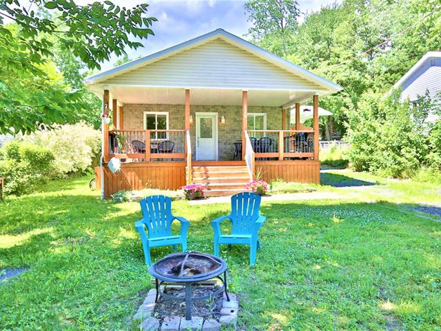 Cottage for sale in Dunham, Montérégie, 170, Rue  Jetté, 11939647 - Centris.ca