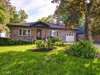 House for sale in Terrebonne (Terrebonne), Lanaudière, 1084, Rue  Saint-Louis, 10956071 - Centris.ca