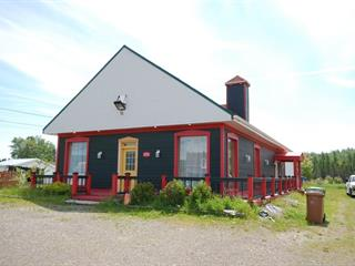 Triplex à vendre à Port-Daniel/Gascons, Gaspésie/Îles-de-la-Madeleine, 174, Route  132 Ouest, 12324468 - Centris.ca
