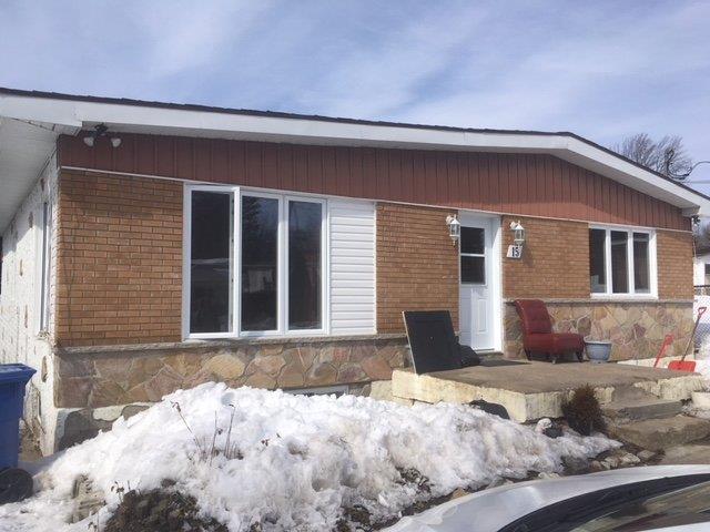 House for sale in Saint-Lin/Laurentides, Lanaudière, 15, Rue de Chambord, 13015689 - Centris.ca