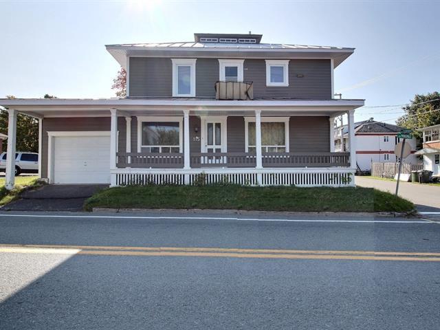 Duplex à vendre à Sainte-Hénédine, Chaudière-Appalaches, 115 - 117, Rue  Principale, 14333440 - Centris.ca