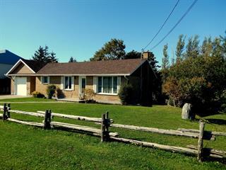 House for sale in Rimouski, Bas-Saint-Laurent, 2144, Route  132 Est, 22000617 - Centris.ca