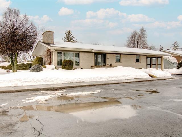 House for sale in Drummondville, Centre-du-Québec, 601, Rue  Saint-Alfred, 27821071 - Centris.ca