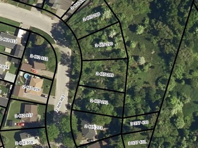 Terrain à vendre à Saguenay (Chicoutimi), Saguenay/Lac-Saint-Jean, Rue de Verdun, 13320979 - Centris.ca