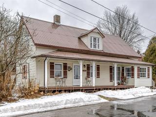 Cottage for sale in Saint-Roch-de-Mékinac, Mauricie, 1132, Rue  Principale, 23168962 - Centris.ca