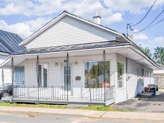 Maison à vendre à Saint-Tite, Mauricie, 430, Rue  Saint-Philippe, 24785630 - Centris.ca