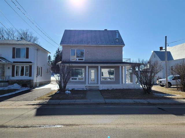 Maison à vendre à Saint-Zénon, Lanaudière, 6141, Rue  Principale, 22699656 - Centris.ca