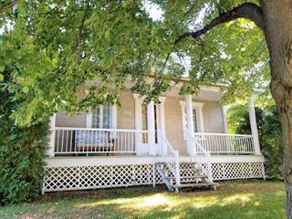 House for sale in Laval (Saint-François), Laval, 3720, boulevard des Mille-Îles, 15375601 - Centris.ca