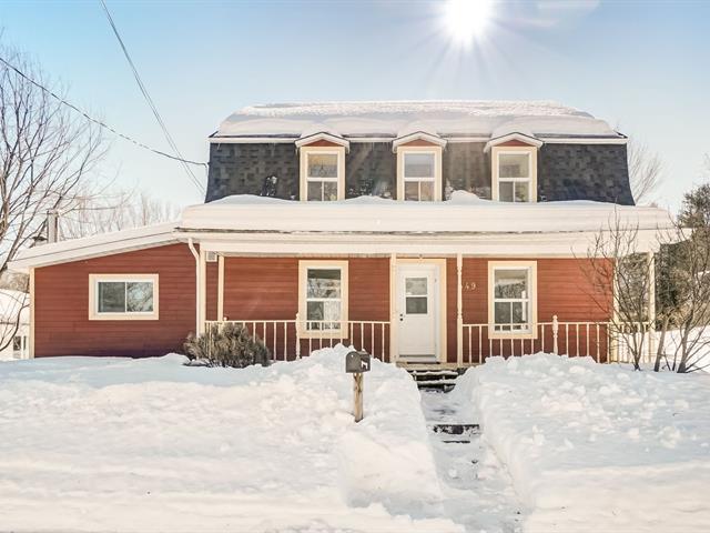 Chalet à vendre à Maniwaki, Outaouais, 449, Rue  Père-Laporte, 27051820 - Centris.ca