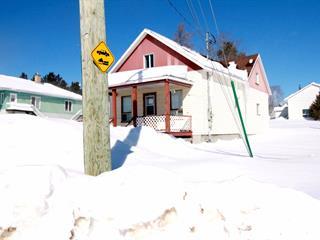 Maison à vendre à Saint-Louis-du-Ha! Ha!, Bas-Saint-Laurent, 196, Rue  Commerciale, 27648040 - Centris.ca