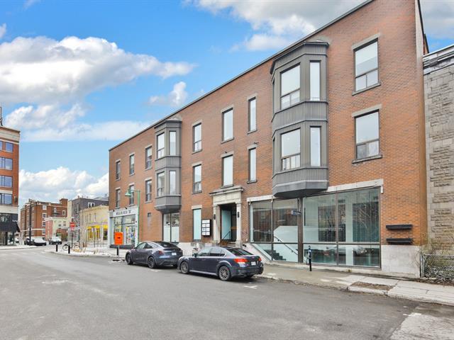 Commercial unit for rent in Montréal (Outremont), Montréal (Island), 5100, Rue  Hutchison, suite 100, 27345253 - Centris.ca