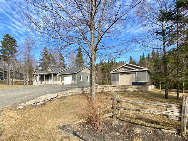 Fermette à vendre à Saint-Christophe-d'Arthabaska, Centre-du-Québec, 22Z, Rue du Val-des-Sapins, 9420784 - Centris.ca