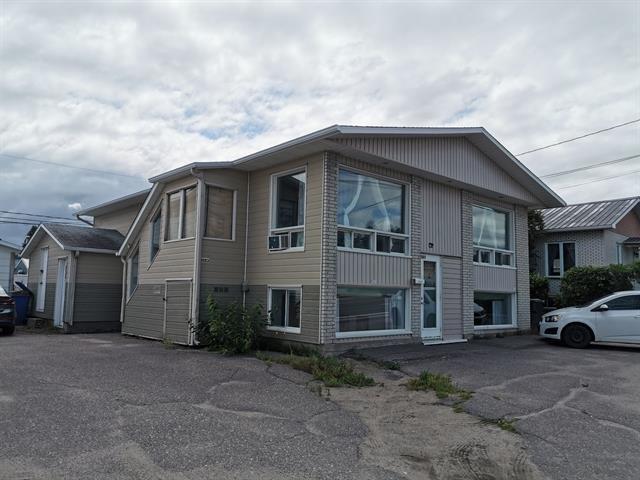Duplex for sale in Alma, Saguenay/Lac-Saint-Jean, 3081 - 3083, Avenue du Pont Nord, 27839258 - Centris.ca