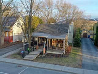 Bâtisse commerciale à vendre à Bromont, Montérégie, 633 - 635, Rue  Shefford, 27753694 - Centris.ca