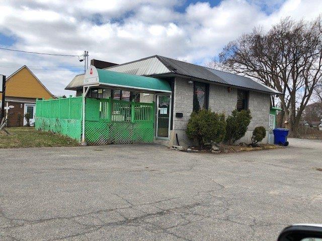 Bâtisse commerciale à vendre à Montréal (Pierrefonds-Roxboro), Montréal (Île), 11991 - 11999, boulevard  Gouin Ouest, 16498498 - Centris.ca